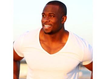 Derrick Jaxn 7