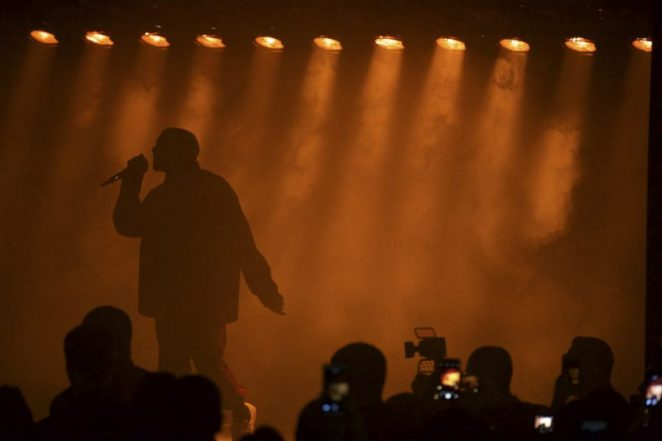 Kanye West performs at the HarperÕs Bazaar Icons party at the Plaza Hotel, during New York Fashion Week, Sept. 9, 2016. The party was packed with a crowd from Hollywood and the fashion world. (Benjamin Norman/The New York Times)